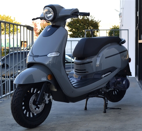 [CSDW_4250]   ZNEN 150cc Scooter F10-150 with 12