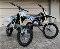 "ICE BEAR 125cc WHIP Dirt Bike 4 Speed Manual, Dual Disc Brakes, Anodized Hydraulic Inverted Forks, 17""/14"" Aluminum Wheels, Seamless Tubing Frame. Free shipping to your door. Free helmet. 6 month warranty. EPA Approved."